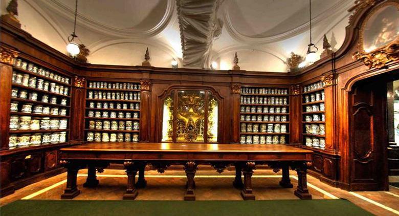 farmacia-degli-incurabili