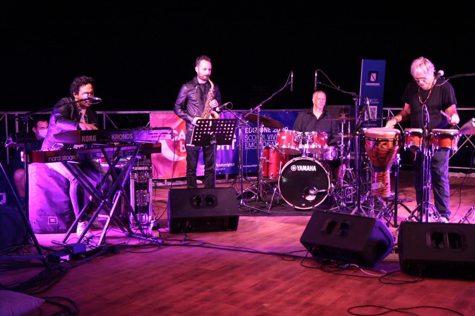Toni Esposito e la sua band